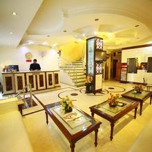 Hotel Paras International in Uleytokpo