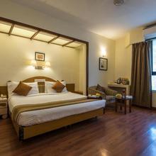 Hotel Park Central Comfort- E- Suites in Pune