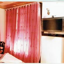 Hotel Patnitop Inn Dx in Batote