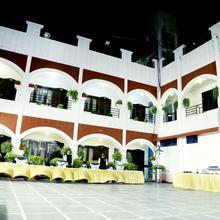 Hotel Prayag Inn in Allahabad