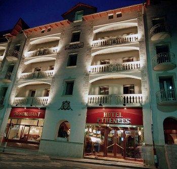 Hotel Pyrénées in Bescaran