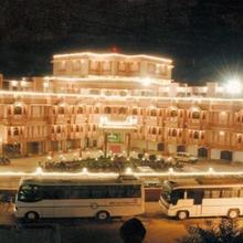 Hotel Raj Vilas Palace in Bikaner