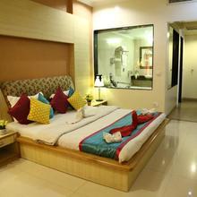 Hotel Rajshree in Bhankharpur