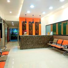 Hotel Raviraj in Wanwadi