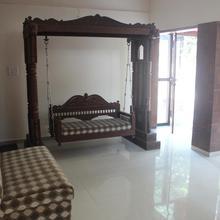 Hotel Royale Inn in Dungra