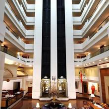 Hotel Sagar Plaza in Pune