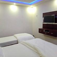 Hotel Sahi Palace in Ghosia Bazar