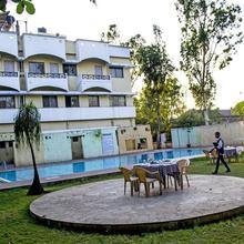 Hotel Sai Prasad in Hupari