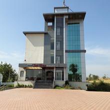 Hotel Sai Tree Executive in Vadgaon Kasba