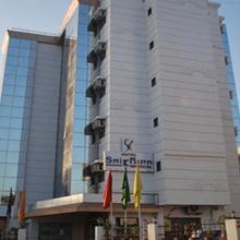 Hotel Saikripa Imperial in Dungra
