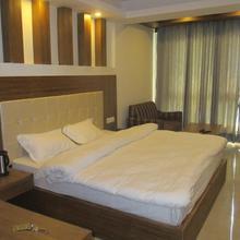 Hotel Samrat, Mussoorie in Mussoorie