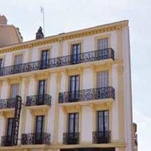 Hotel Savoy in Villette