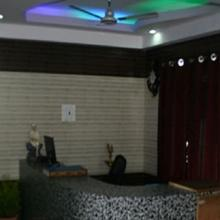 Hotel Sri Ramathirivathi 60 kms from Nagapattinam in Thalainayar