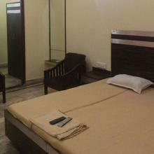 Hotel Standard International in Pathankot