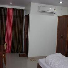 HOTEL SURYA ANUPPUR in Kelhauri (chachai)