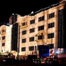 Hotel SVN Lake Palace in Chintalavalasa
