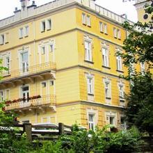 Hotel Štekl - Hrubá Skála in Na Kamenici