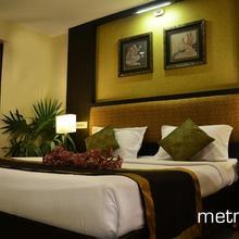 Hotel The Metropole in Nagavakulam