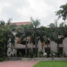 Hotel Tourist Inn in Cart Road