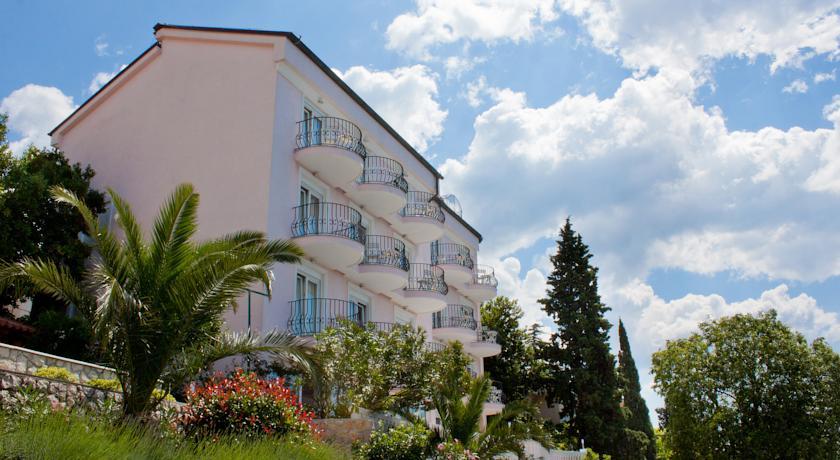 Hotel Vali in Grizane