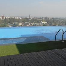 Hotel Vrishali Executive in Vadgaon Kasba