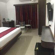 Hotel Vytla Residency in Chintalavalasa