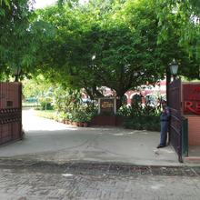 Hotel Allahabad Regency in Allahabad