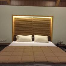 Kamdhenu Resort in Vasna Borsad
