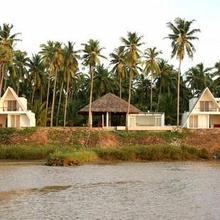 Konaseema River view Resorts 80 Km s from Rajahmundry in Bandarulanka