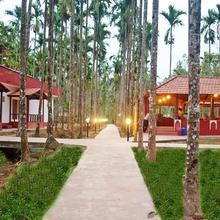 La Flora Prakruth Resort, Coorg in Cherambane