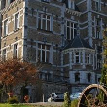 Le Chateau Bleu in Sprimont