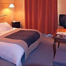 Logis Hotel Le Relais De Comodoliac in Chabrac