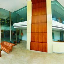 Malabar Residency in Pinarayi
