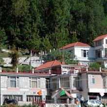 Mashoo Resorts in Bhuntar