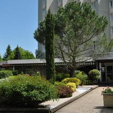 Mercure Saint Etienne Parc de L'Europe in Chambles