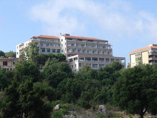 Monte Bello Hotel in Falouqha