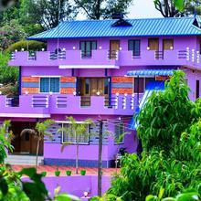Mount View Holidays in Elappara