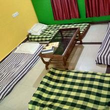 My Hostel in Umbar Pada Nandade