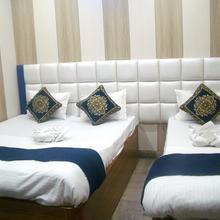 New Hotel Suman in Jamshedpur