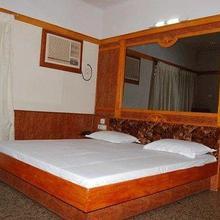 New Tirupur Lodge in Balasamudram
