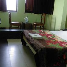 Nisarg Garden Resort in Ambivali