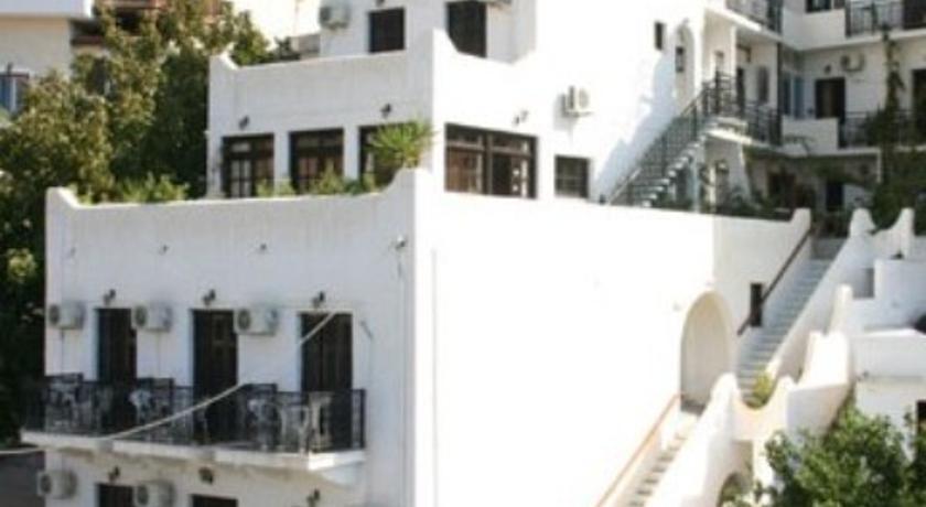 Odysseas Hotel in Kalamion