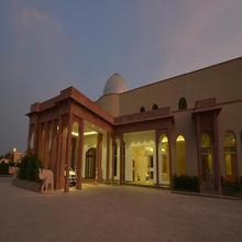 Orchha Palace and Convention Centre in Barua Sagar