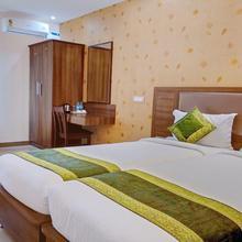 OYO 10533 Hotel Victory Grand in Jigani
