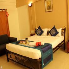 OYO 1065 Hotel HMR Royal Inn in Pune