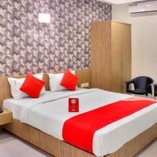 OYO 11693 Hotel Sunshine in Pune
