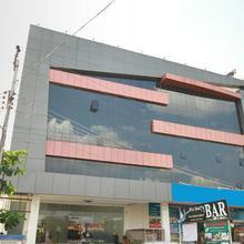 OYO 11954 Hotel Heritage Residency. in Nagavakulam