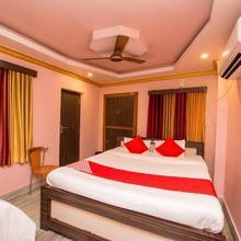 OYO 12803 Moon Light Hotel in Serampore