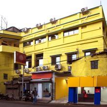 OYO 13481 Hotel Shalimar in Dakshin Jhapardaha