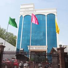 OYO 1493 Hotel Madhushrie in Dhanauli